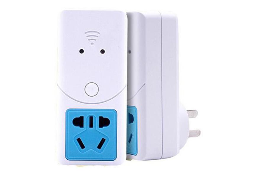 Ổ cắm thông minh điều khiển bằng điện thoại và giọng nói